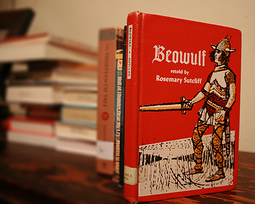 beowulf the tale of an epic Beowulf (/ ˈ b eɪ ə w ʊ l f / old english: [ˈbeːo̯wulf]) is an old english epic story consisting of 3,182 alliterative lines it may be the oldest surviving long story in old english and is commonly cited as one of the most important works of old english literature.